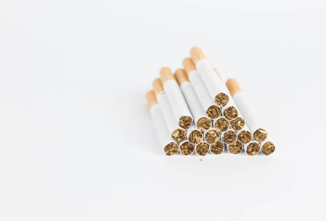 Pyramid cigarettes