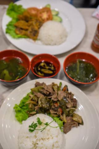 Mittagstisch in einem Restaurant in der Ho-Chi-Minh-Stadt