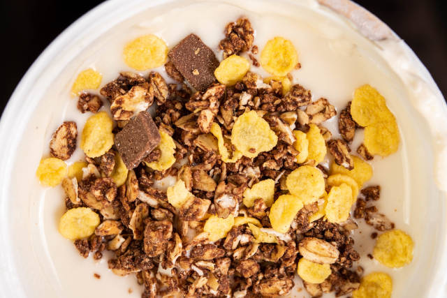 Healthy Chocolate Mousli with corn flakes