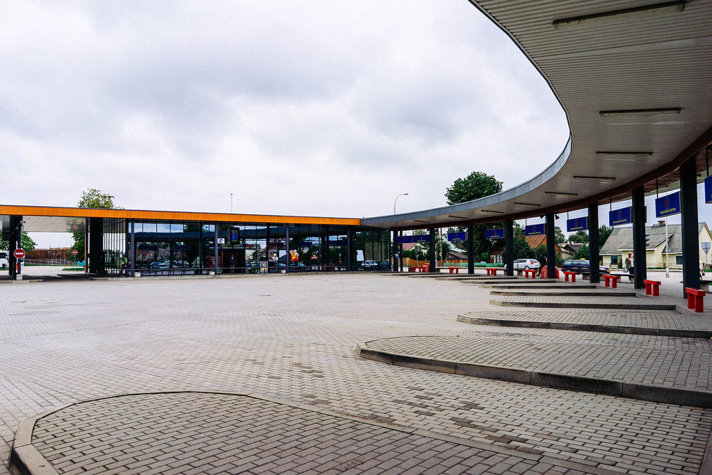 Modern bus station in Eastern Europe small town / Moderne Busbahnhof in Osteuropa Kleinstadt