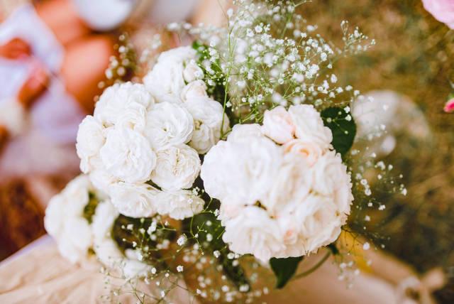 White Roses Birthday Decor Close Up