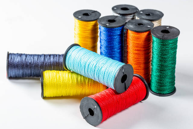 Multi-colored threads for sewing