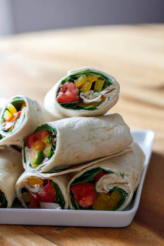 Gemüse -und Chicken-Wraps