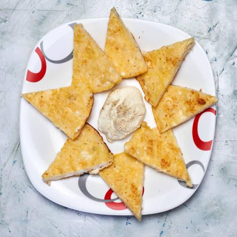 Gluten-free and rice-flour based khachapuri with sour cream
