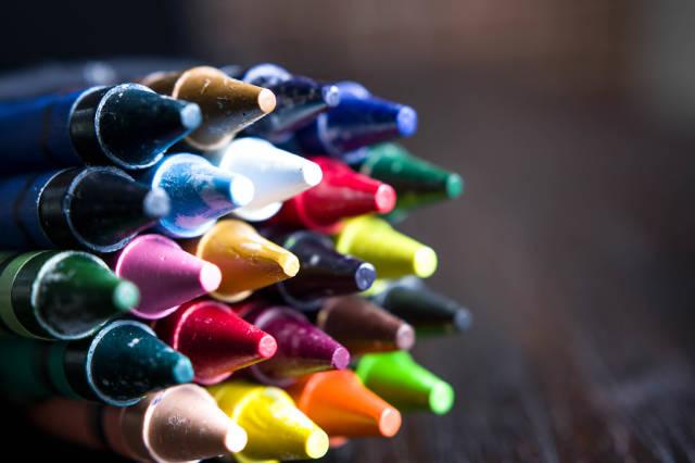 Wax crayon tips