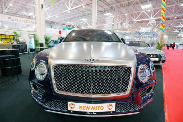Bentley Bentayga luxurious car at Bucharest Auto Show 2019 SAB