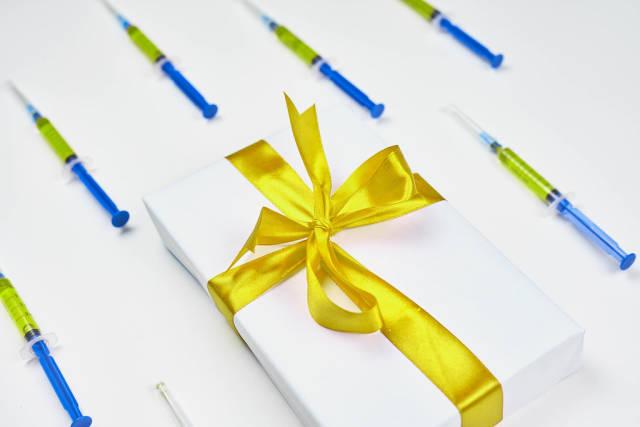 Safe shipment of Christmas gifts in Coronavirus pandemic period