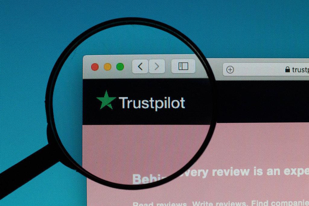 Trustpilot logo under magnifying glass