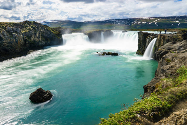 Godafoss – Magnificent waterfall in Iceland / Godafoss - Herrlicher Wasserfall in Island