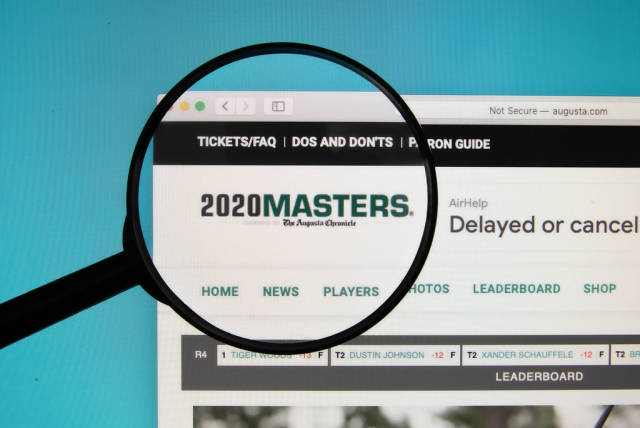 2020 Masters text on a computer screen with a magnifying glass
