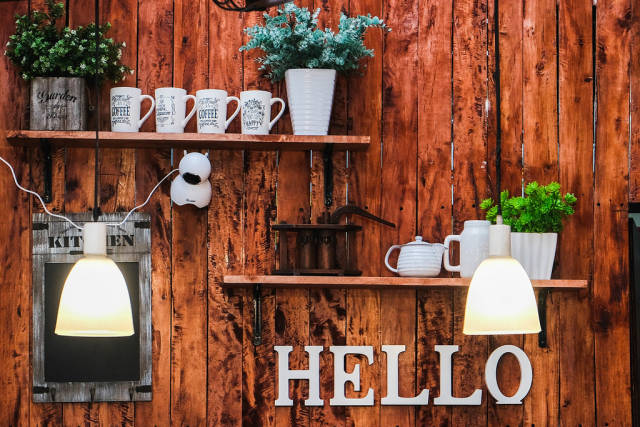 Rustic wall decoration design in a small food stall