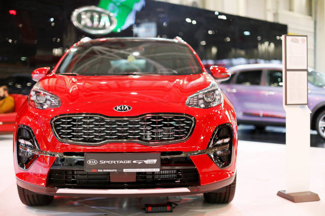 Kia Sportage GT, front view at Bucharest Auto Show 2019 SAB