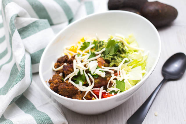 Tacos Bowl With Beef, Vegetable and Cheese