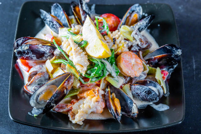 Seafood in cream sauce