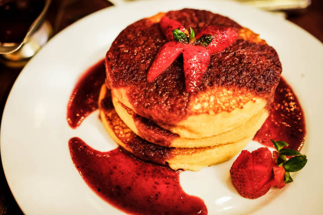 Plate with garnished pancakes