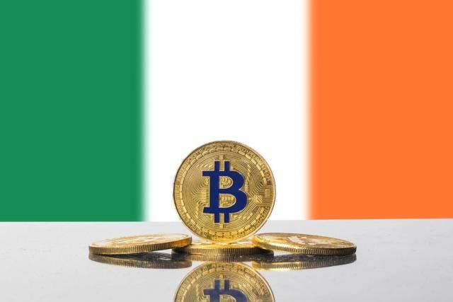 Golden Bitcoin and flag of Ireland
