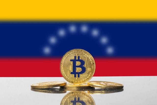 Golden Bitcoin and flag of Venezuela