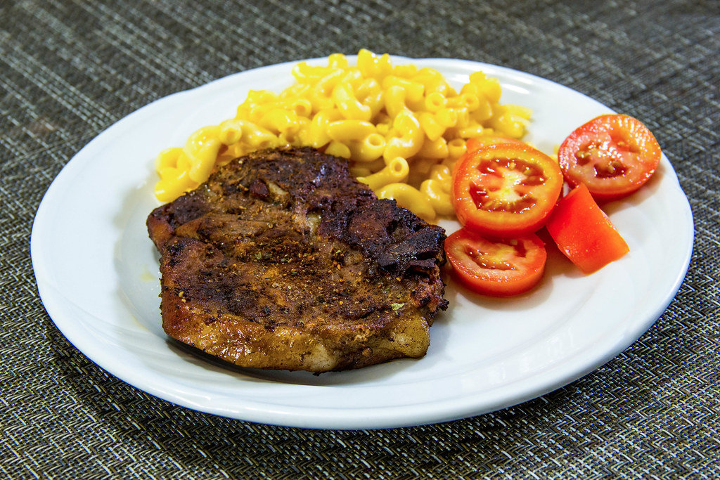 Steak with Macaronis and Tomatoes