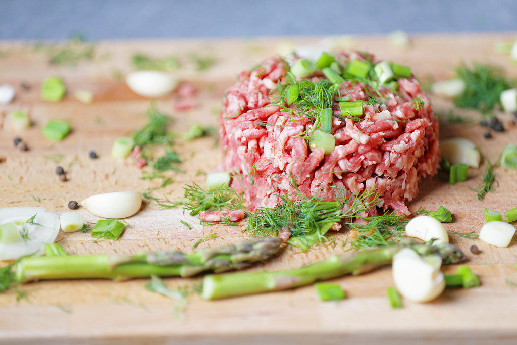 Beef-steak-tartare-traditional-dish