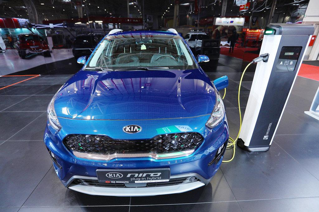 Kia Niro Electric car charging at Bucharest Auto Show 2019, SAB