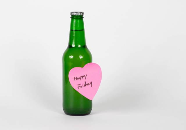 Kühles Bier zur Happy Hour am Freitag