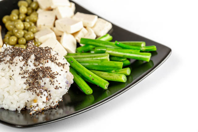 Rice with chia seeds, broccoli and cheese