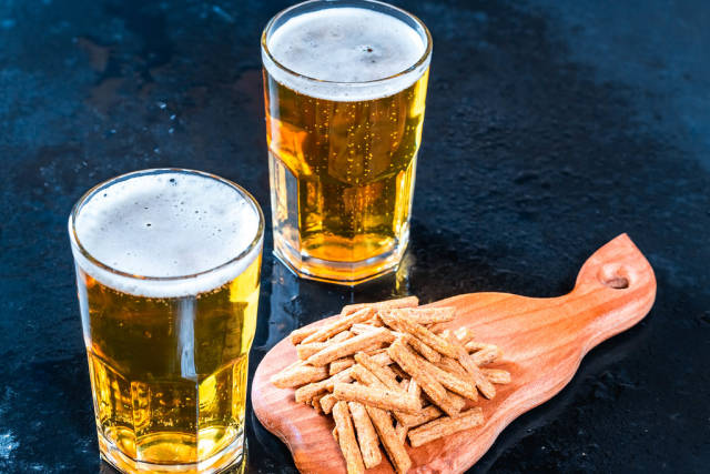 Light beer and snacks
