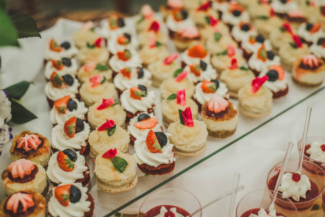 Little Berry Cream Cakes