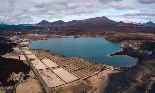 Salt lake Laguna de Janubio / Salzsee Laguna de Janubio