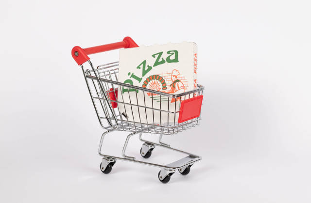 Pizza box in shopping cart
