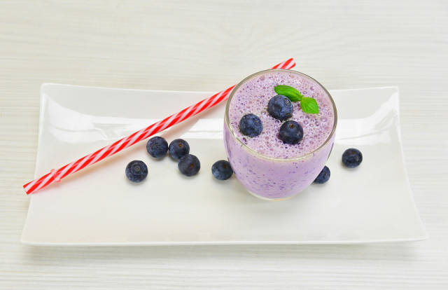 Milk cocktail with blueberries