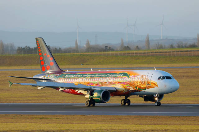 Brussels Airlines, We fly you to the home of Tomorrowland