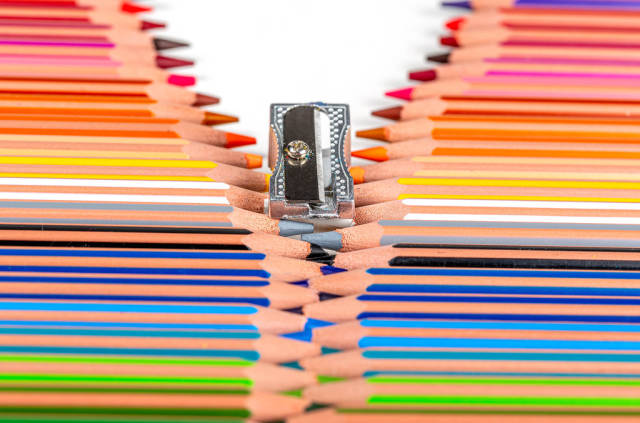 Zipper made from sharpener and color pencils
