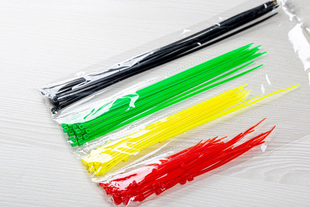 Clamp plastic different colors in the package
