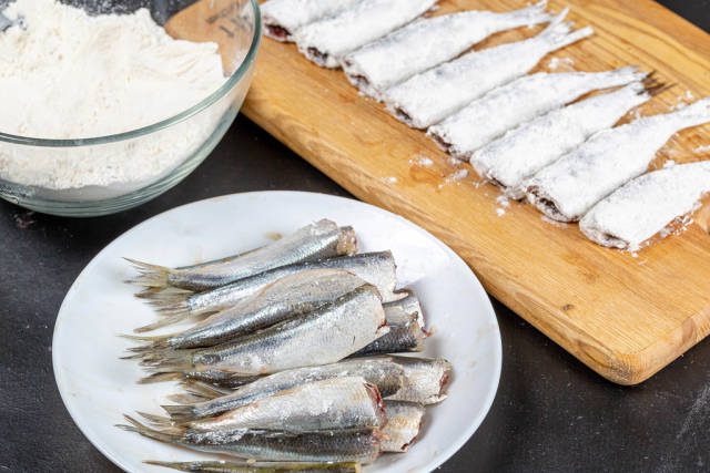 Raw ingredients for cooking fried fish