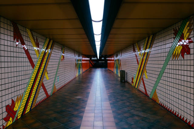 U-Bahn entrence corridoe ornamented in colorful mosaic