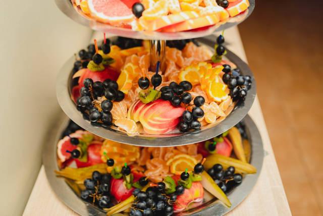 Plate Of Grapes, Apples, Tangerines, Kiwi, Oranges
