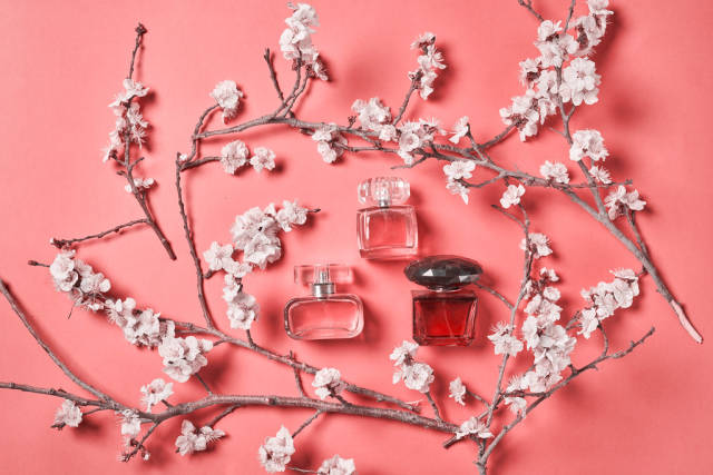 Spring fragrances and perfumes
