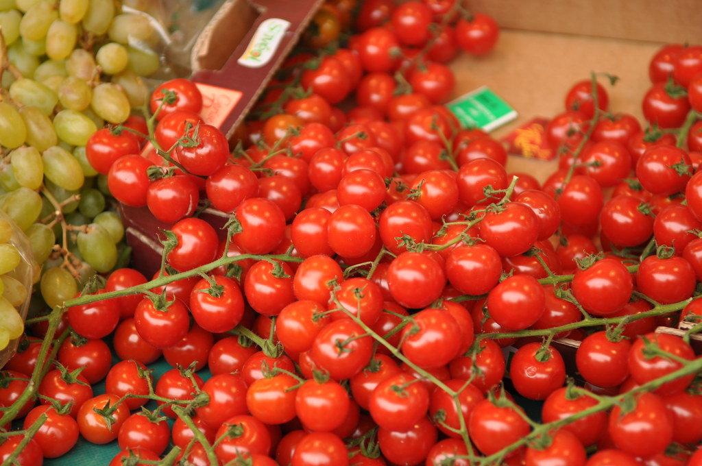 Tomaten auf einem Pariser Markt