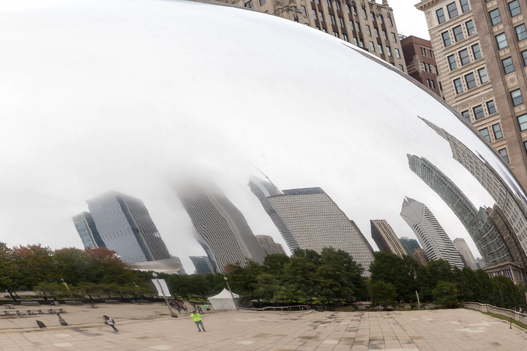 Reflexion of the Chicago skyline on the Cloud Gate sculpture