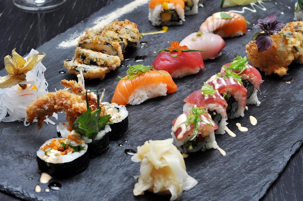 Sushi: Lachs, Kaviar, Thunfisch, Mango, Frittiert