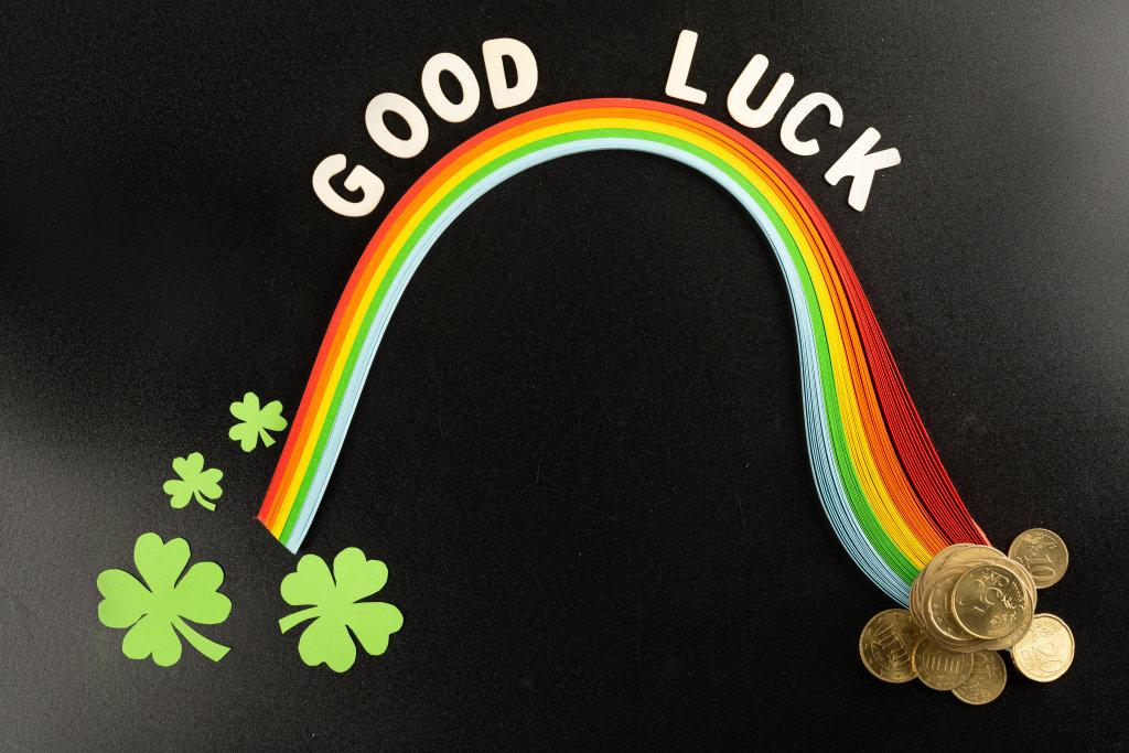 Wishing good luck patricks day background