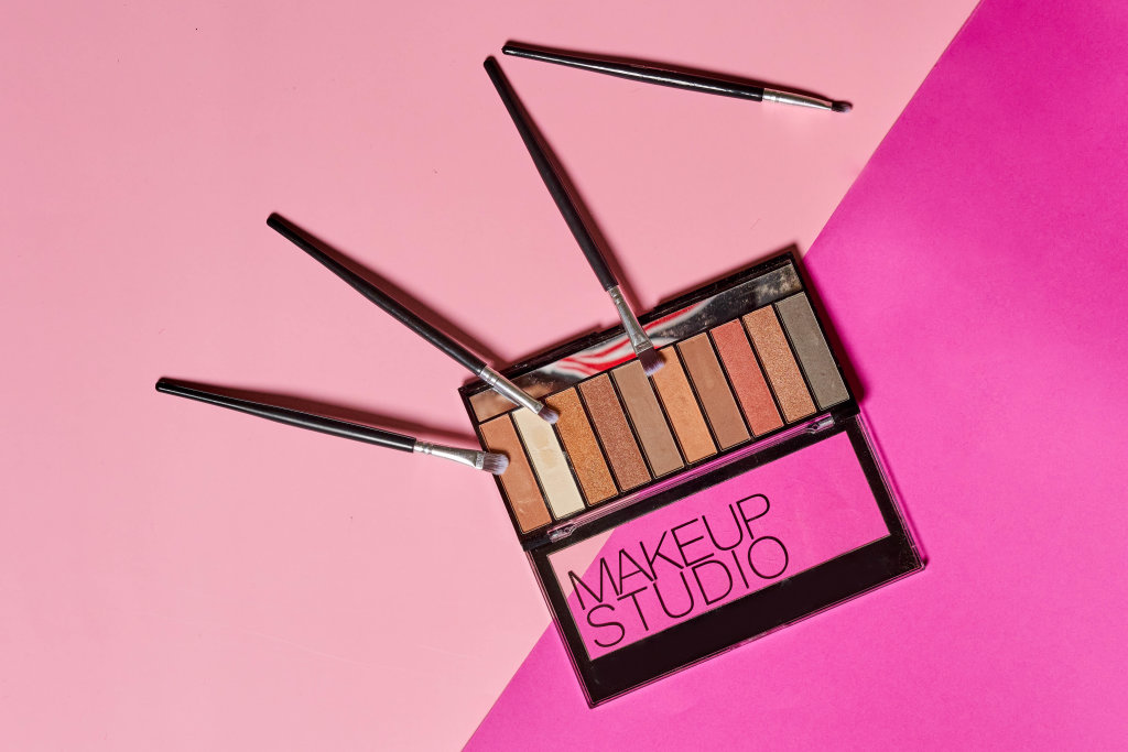 Make-up products set