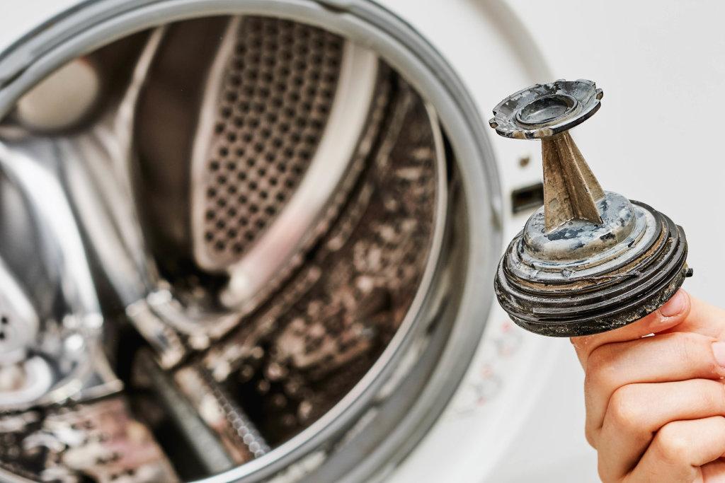 A dirty debris filter of a washing machine