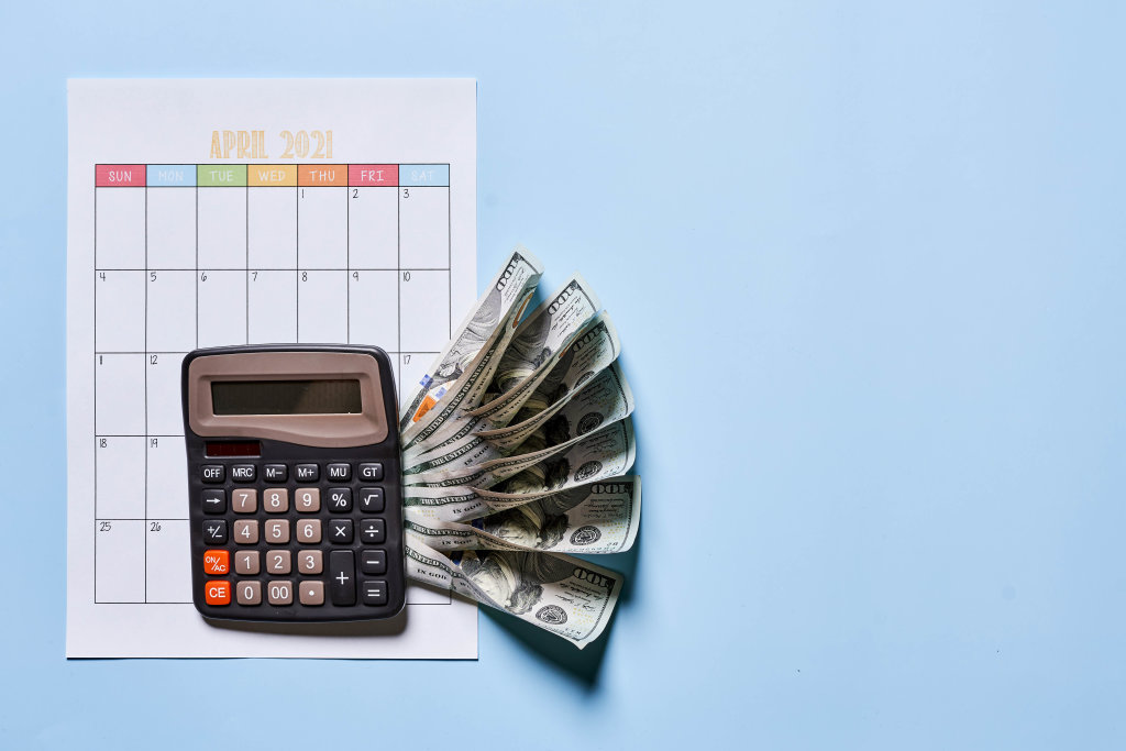 Planning monthly income and spendings