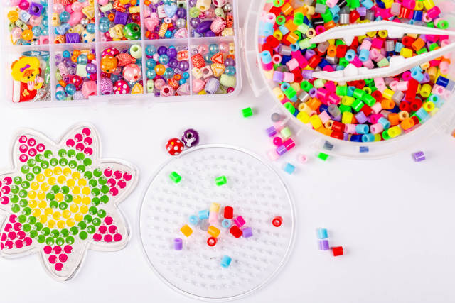 Beading set with colorful beads