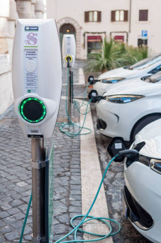 Elektro-Autos in Rom
