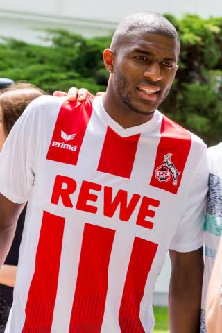 Anthony Modeste im 1. FC Köln Trikot 2017/2018