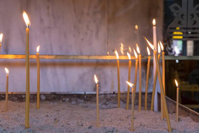Opferkerzen in der Kirche Hagios Demetrios
