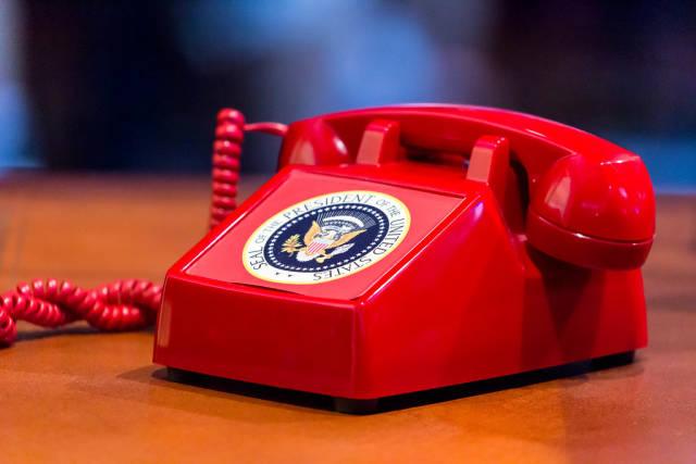 Rotes Telefon der Moskau-Washington Hotline am Messestand von Tom Clancys The Division 2